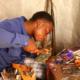Article : Brakley Cassinga, l'électronicien autodidacte qui éclaire Bukavu, à l'Est de la RD Congo